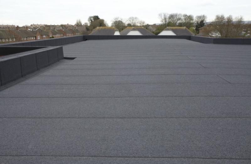 Clean Asphalt Roofing